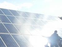 Umweltbewusst & Fortschrittlich: Die Sonne als saubere Energiequelle nutzen.
